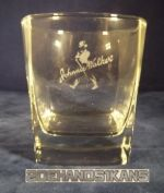 glas-johnny-walker-vierkant-met-logo.jpg